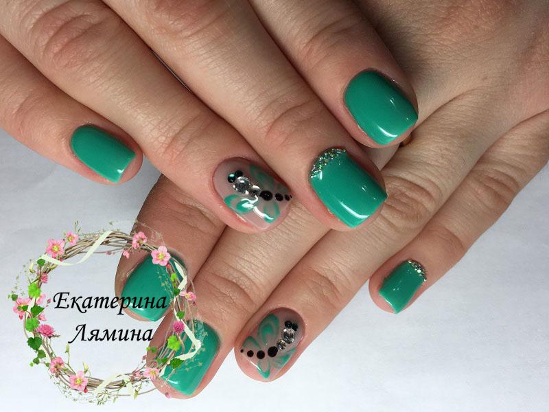 зелёный со стрекозами